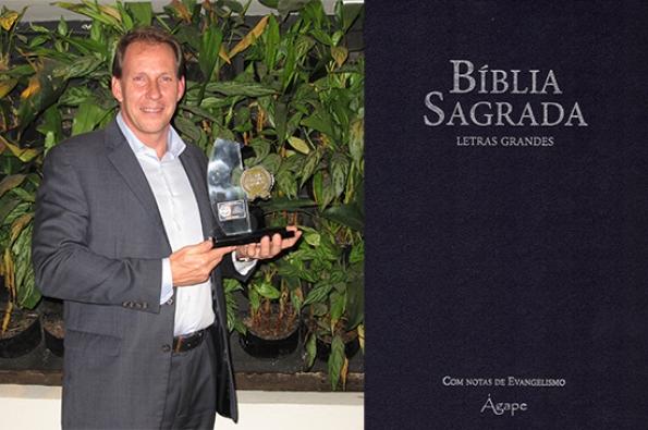 Edward Lange, presidente & CEO da Brasil Insurance, diretor Executivo da Allianz Seguros, indica a leitura da Bíblia